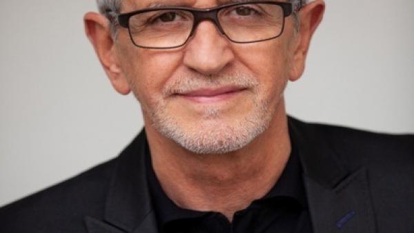 El cineasta salmantino Antonio Hernández, Espiga de Oro de Honor en reconocimiento a su larga trayectoria